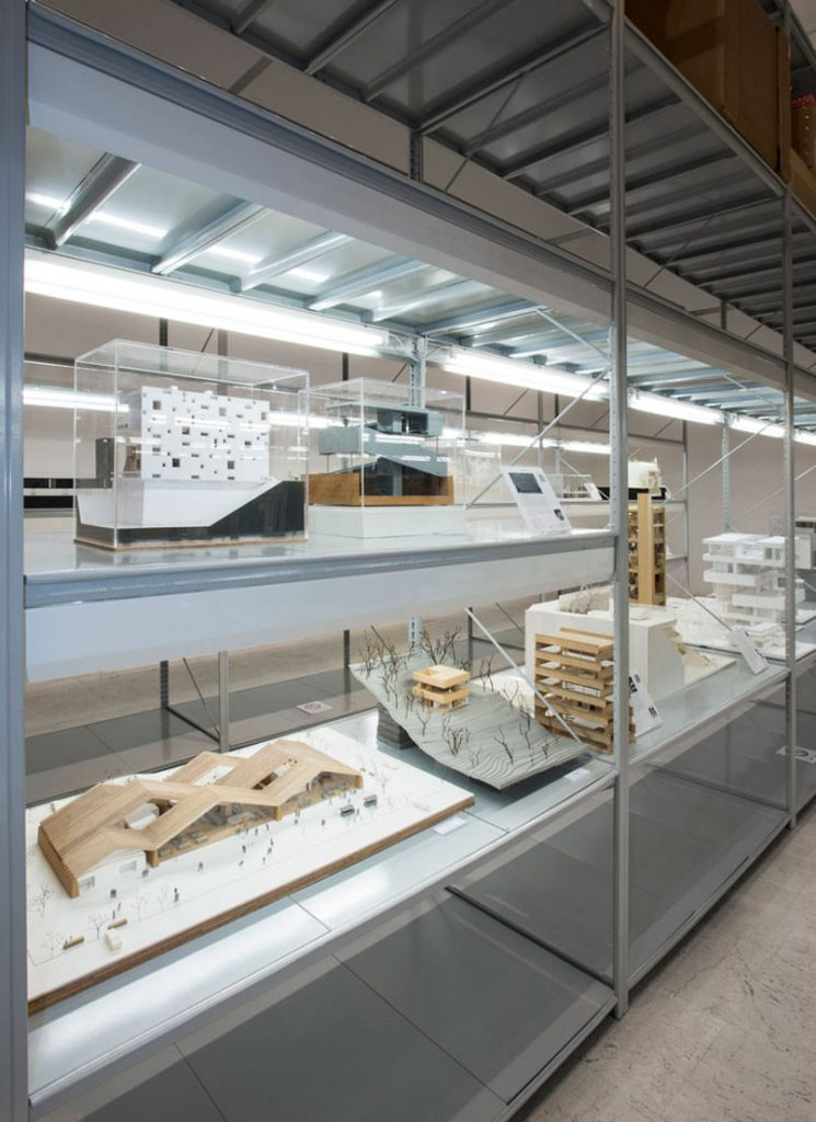 japan-opens-its-first-museum-for-miniature-architecture-models8-805x1107